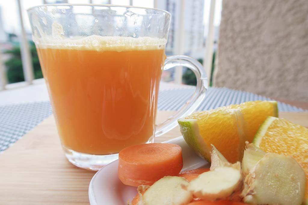 Suco de Laranja com Cenoura e Gengibre