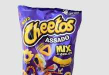 Cheetos assado mix de queijos