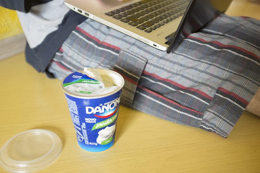 Iogurte Danone com pedaços sabor coco