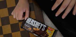 Barra Chocolate Choco & Biscuit Hershey's Bauducco