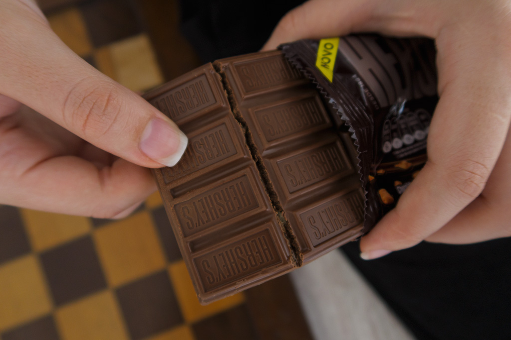 Barra Chocolate Choco & Biscuit Hershey's Bauducco 02