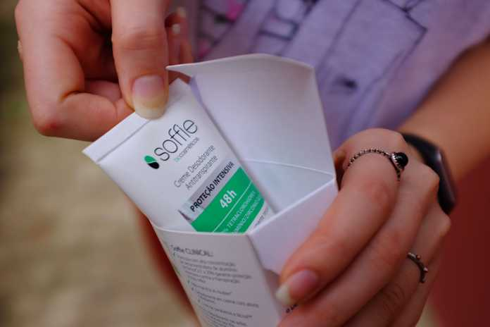 Desodorante Clinical Soffie