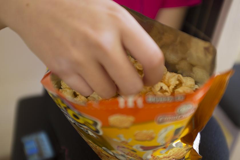Pipoca Elma Chips Cheetos queijo