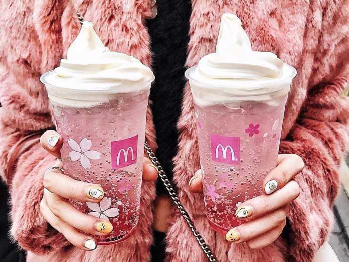 Sakura McFloat McDonald's Japão