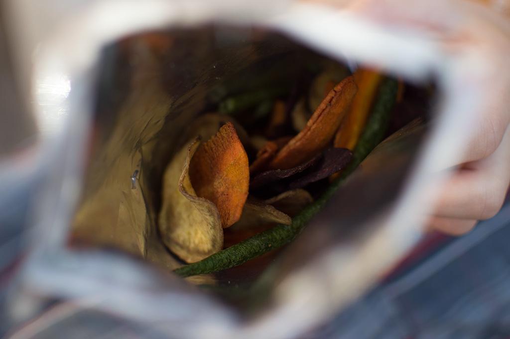 Chips integral Frispy Cenoura, Batata doce roxa e Vagem