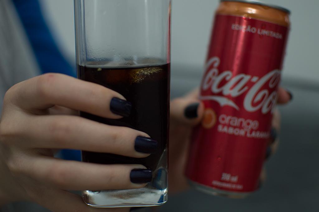 Coca-Cola Laranja coloração