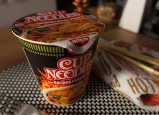 Cup Noodles de Galinha Caipira Picante