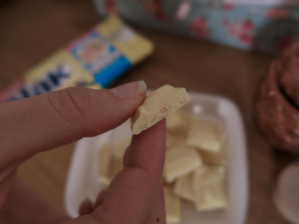 Pedaços de Biscoito Barra Galak + Passatempo Nestlé