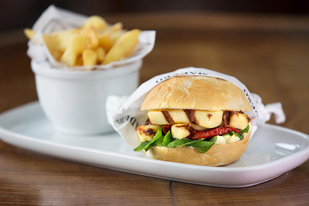 Sandwich de Queijo Coalho Madero
