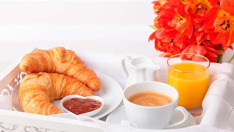 Croissant, Café e Suco Dia das Mães