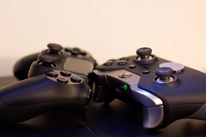 Controles de PS4 e Xbox One