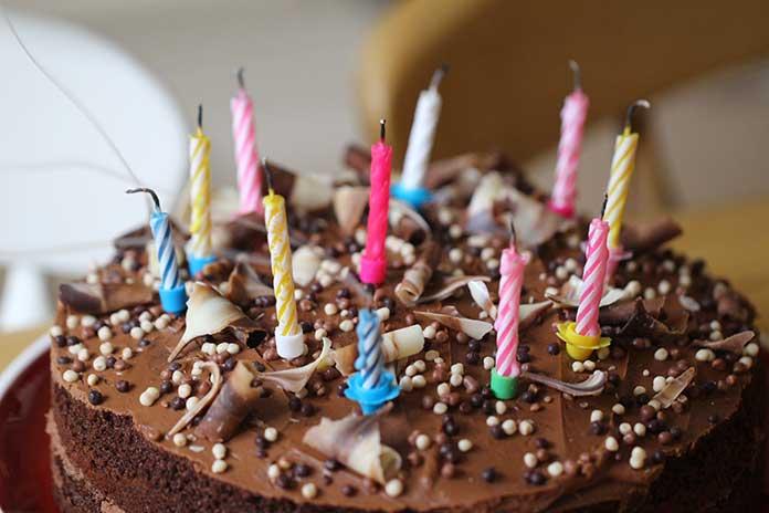 Bolo para Festa de 15 Anos Simples