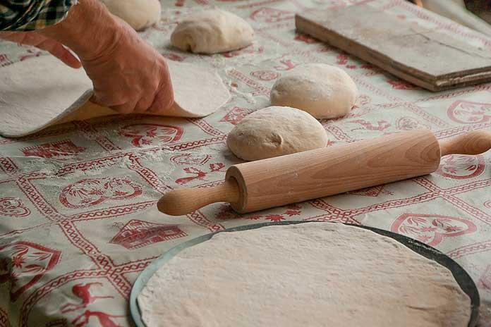 Como fazer Massa de Pizza em Casa